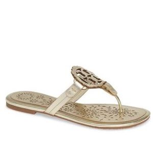 NEW Tory Burch Miller Scallop Sandals